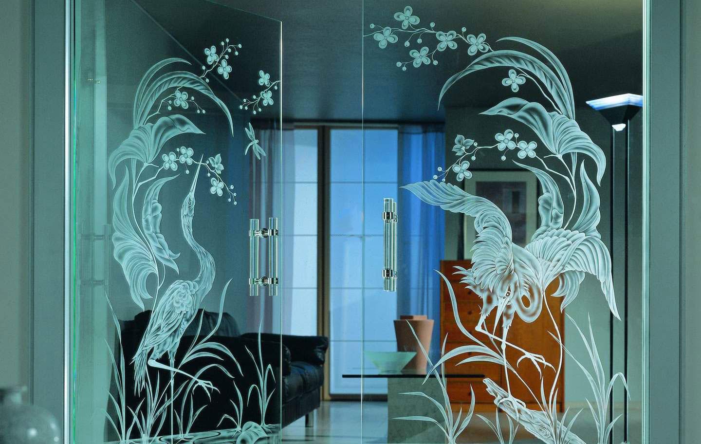 современные орнаменты на стекле