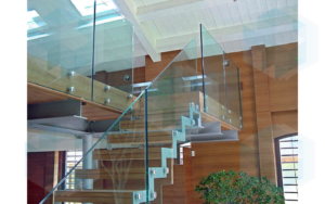 стеклянные ограждения для лестниц