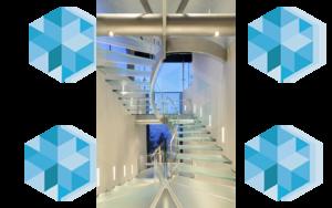 полувинтовая стеклянная лестница под заказ