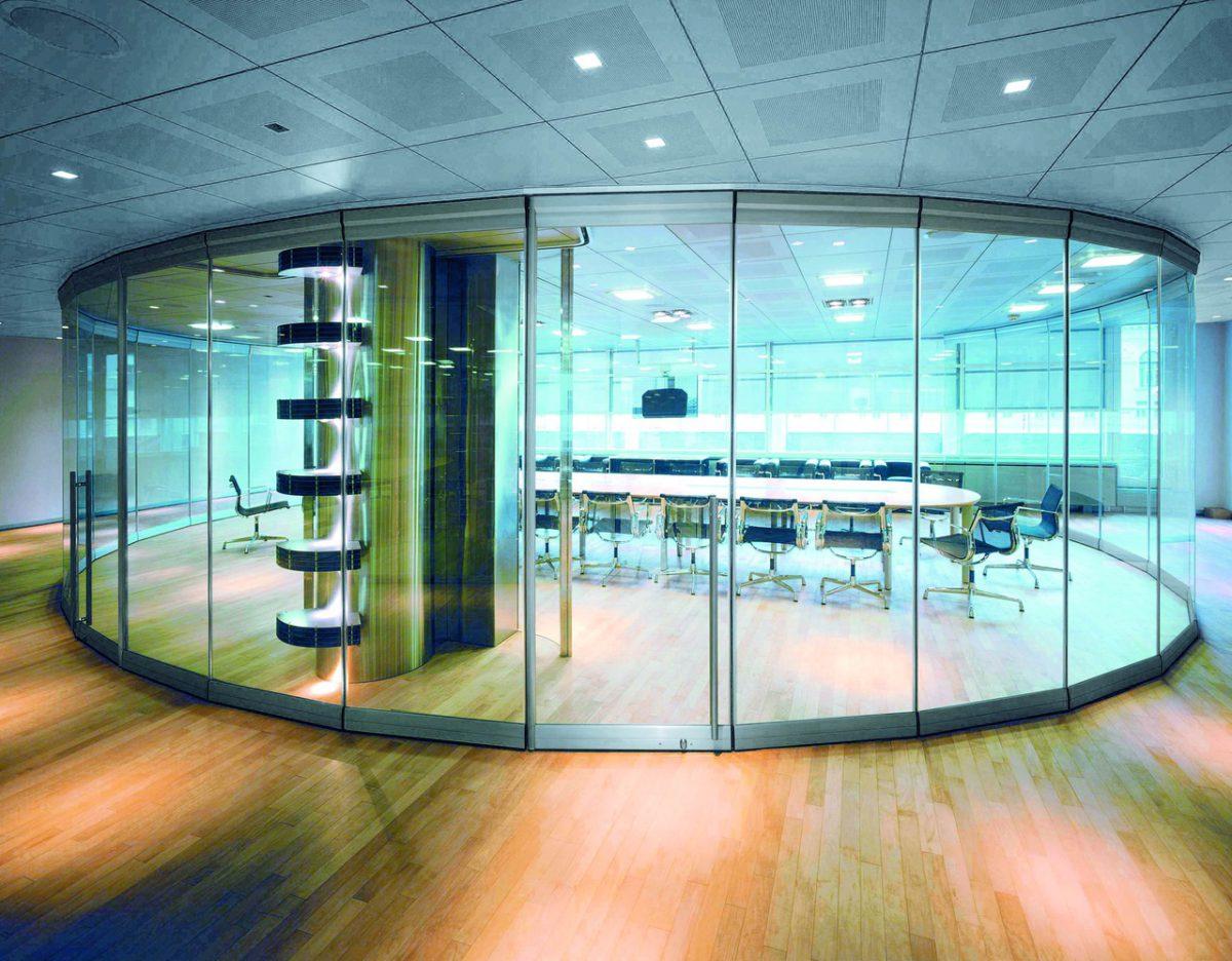 стеклянные перегородки для торговых залов7