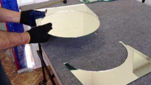 Резка зеркала по размеру
