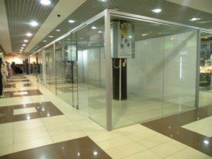 стеклянные перегородки для торговых залов1
