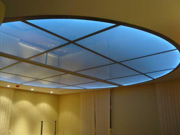 стеклянные подвесные потолки на заказ в СПб