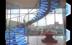 Стеклянная лестница винтовая (тип 12), на заказ в СПб